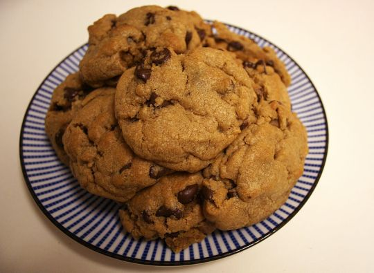 800px-Plate_of_cookies