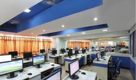 800px-BVCOE_Computer_Lab